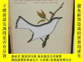 二手書博民逛書店The罕見Ghost with Trembling Wings: