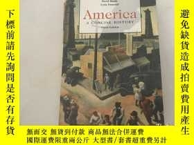 二手書博民逛書店英文原版罕見美國簡史 America: A Concise Hi