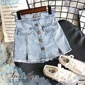 大童可~新潮時尚女孩-金屬釦造型雙口袋牛仔短褲熱褲裙(290246)【水娃娃時尚童裝】