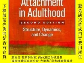 二手書博民逛書店Attachment罕見In Adulthood: Structure, Dynamics, And Change