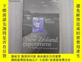 二手書博民逛書店the罕見New Zealand experiment A Wo