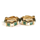 D'ORLAN 雙色水晶半月型夾式耳環(白/綠色)990112