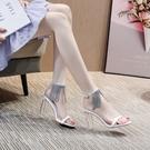 夏季一字帶涼鞋2021年新款女高跟時尚水鑚仙女風粗跟白色透明水晶【快速出貨】