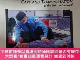 二手書博民逛書店Emergency罕見Care and Transportation of the Sick and Injure