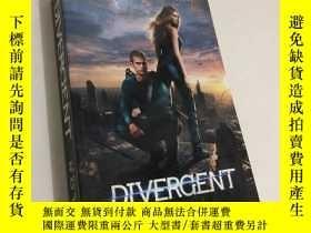 二手書博民逛書店Divergent,罕見Film Tie-In Edition