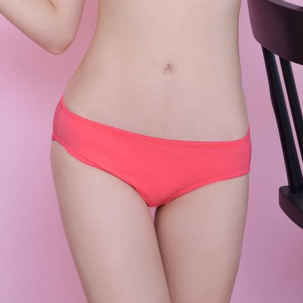配褲→→→Amorous 私密內衣「輕吻迷戀」裸膚無痕軟鋼圈內衣