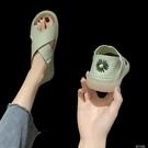 2021年新款時尚百搭ins潮夏季柔軟小雛菊交叉網紅孕婦平底涼鞋女 依凡卡時尚
