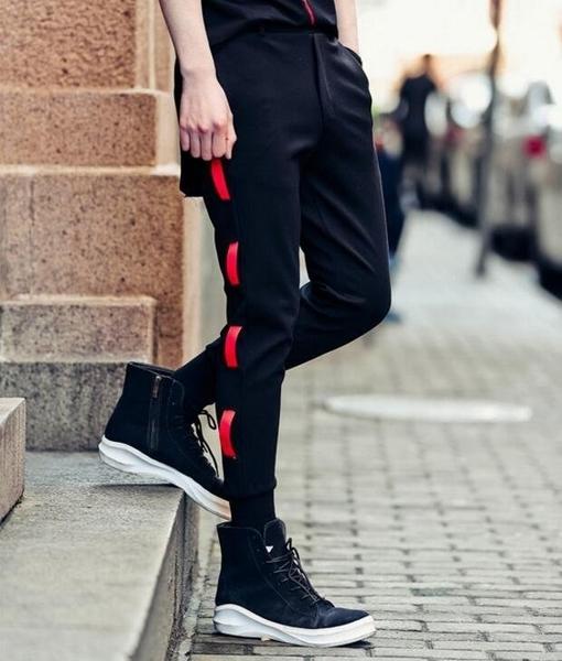 FINDSENSE品牌 男 時尚 街頭 潮 側邊拼布紅繩設計 羅紋束腳 休閒褲