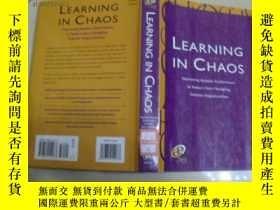 二手書博民逛書店LEARNING罕見IN CHAOS【精裝原版】11398