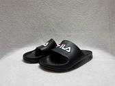 FILA 中性款黑色一片式防水休閒涼拖鞋 4S355Q001