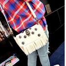 側背包-時尚柳釘骷髏頭側背包/斜背包-03250米白
