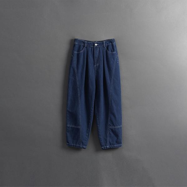 Queen Shop【04011473】親子系列 車線剪裁繭型牛仔褲 1/2/3*現+預*