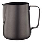 金時代書香咖啡 CafeDe Tiamo 7019 不沾塗層拉花杯 300CC SGS合格 HC7068