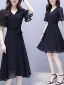 洋裝 赫本風小黑裙女氣質名媛喇叭袖高腰雪紡裙2019新款夏季