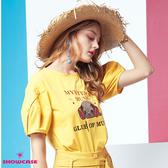 【SHOWCASE】MUSIC鬥牛犬鈕釦澎袖休閒印花T恤(黃色)