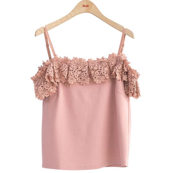 春夏7折[H2O]剪接水溶蕾絲落肩甜美風針織吊帶上衣 - 藍/白/粉色 #9671003