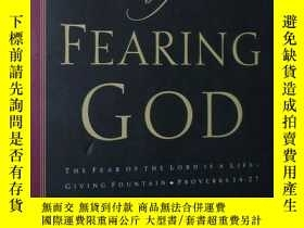 二手書博民逛書店英文原版書罕見The Joy of Fearing God Pa