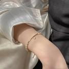 天然珍珠手錬ins小眾設計手串簡約百搭閨蜜手鐲女氣質網紅手飾品