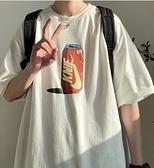 新款破洞t恤男生ins港風潮流休閒短袖上衣韓版寬鬆半袖衣服