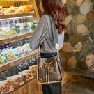 手提包 水桶包女2020春夏新款 女包ins百搭大氣斜挎包 大容量洋氣單肩手提側背包 店慶降價