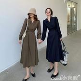 長袖洋裝 秋裝2021年新款法式復古V領長袖連身裙女氣質綁帶收腰中長款A字裙 小天使