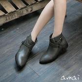 amai X字皮帶金屬釦環素面短靴 灰