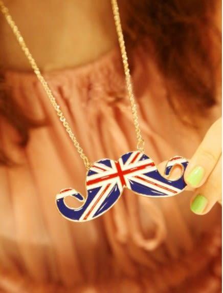 [協貿國際]  歐美飾品英倫風米字旗鬍子項鍊 (3個價)