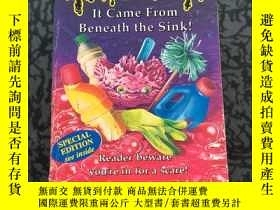 二手書博民逛書店英文原版罕見It Came from Beneath the Sink (Goosebumps S.)Y288