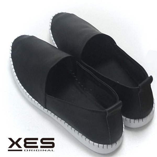 XES簡約休閒鞋 黑色