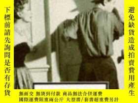 二手書博民逛書店In罕見Camera And Other Plays - The Respectable Prostitute -