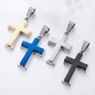 《QBOX 》FASHION 飾品【CHE228】精緻個性歐美簡約雙層格紋十字架鑄造鈦鋼墬子項鍊/掛飾