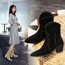大尺碼女鞋34~46 2020帥氣網紅款絨面尖頭粗中跟西部靴 短靴子~2色