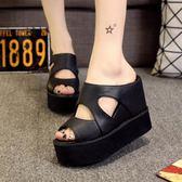 拖鞋女高跟厚底增高夏季防水台女士涼拖鞋新款坡跟涼鞋鬆糕鞋韓版『潮流世家』