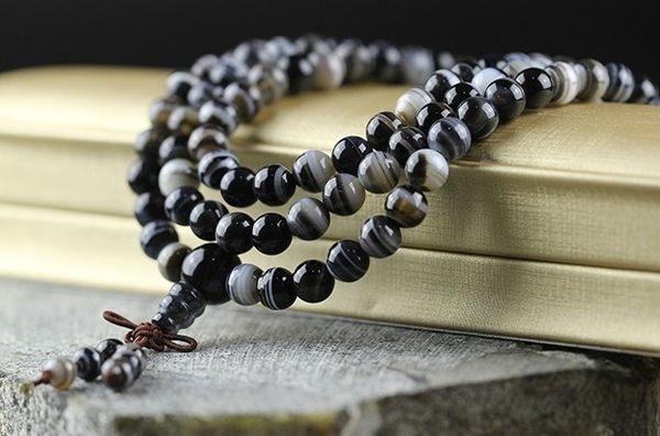[協貿國際]天然黑條紋瑪瑙108顆佛珠手鍊單條價