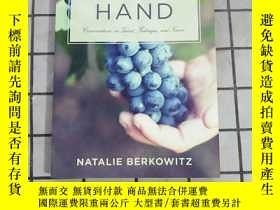 二手書博民逛書店The罕見Winemaker s Hand: Conversations on Tal... 進口原版 Y26