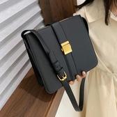 復古港風小包包女新款潮韓版百搭斜背包簡約時尚側背包小方包   伊羅鞋包