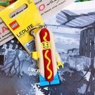 正版 LEGO 樂高鑰匙圈 熱狗人 LED 手電筒鑰匙圈 人偶造型鑰匙圈燈 COCOS LG320