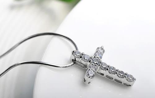 【A&Angel New York】925銀光芒鑲鑽十字架項鍊(白金色)