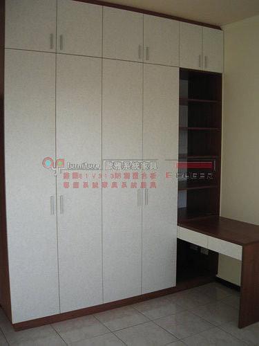 歐雅系統家具 E1V313系統櫃 衣櫃 化妝台 書桌 B0006