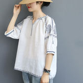 棉麻襯衫女 V領刺繡襯衫 休閒七分袖上衣/2色-夢想家-0705