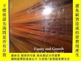 二手書博民逛書店Equity罕見and Growth in a Globaliz