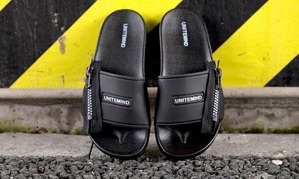 找到自己 MD 韓國 時尚休閒 潮 男 黑色 側拉鏈設計 室內 戶外 多用 懶人拖鞋 一字拖