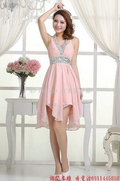 (45 Design)  客製化 定製款7天到貨    新款新娘禮服伴娘紅色掛脖修身短裙時尚結婚主持人敬酒晚禮服