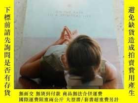 二手書博民逛書店girl罕見meets GOD(外文)Y212829