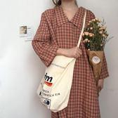 帆布包推薦入手高顏值韓風簡約字母購物袋單肩斜跨帆布包女