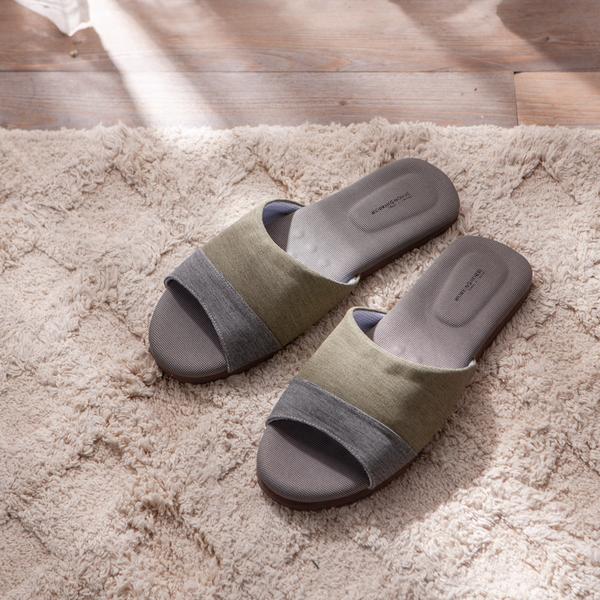 極簡拼接竹炭乳膠拖鞋-生活工場
