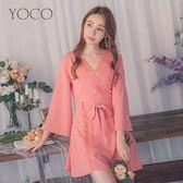東京著衣【YOCO】午茶特調蕾絲滾邊V領腰綁帶寬袖短洋裝-S.M.L(180189)