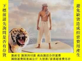 二手書博民逛書店Life罕見of Pi (International Edition, Movie Tie-In) 少年派的奇幻漂