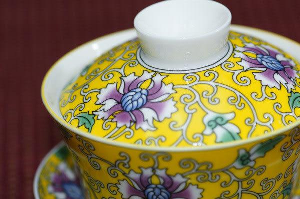 鹿港窯~居家開運商品~三希(台灣製)寶相花小蓋杯-黃底;購物清單:1個