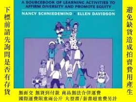 二手書博民逛書店Open罕見Minds To Equality: A Sourcebook Of Learning Activit